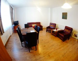 House 6 rooms for rent in Cluj-napoca