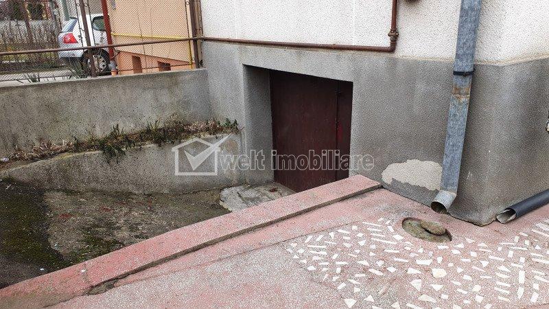 Vanzare duplex, 4 camere, teren 696 mp, Floresti