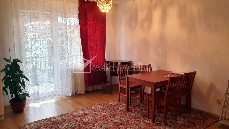 Inchiriere apartament cu doua camere, strada Stejarului