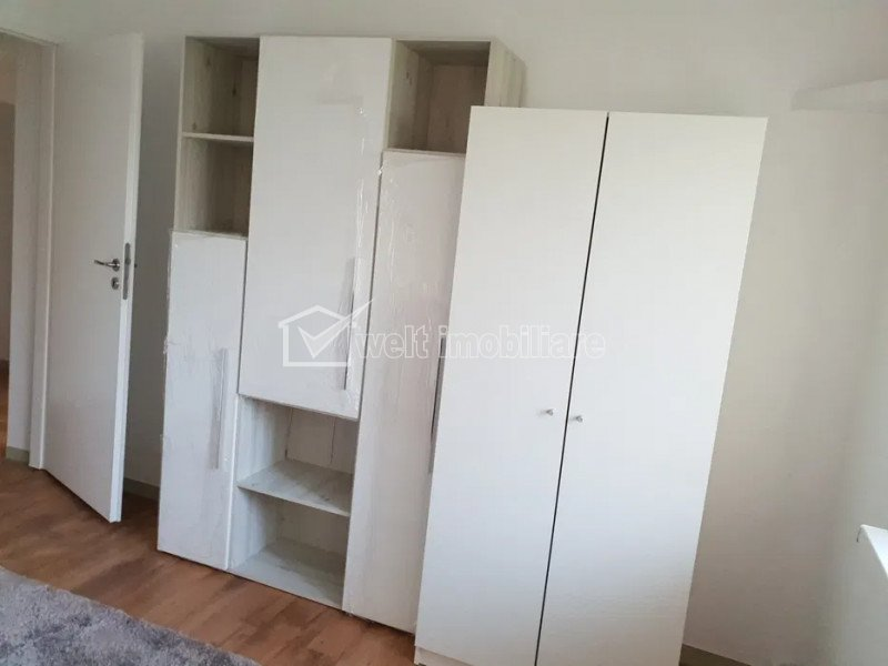 Apartament cu 4 camere decomandate, parter, zona Big