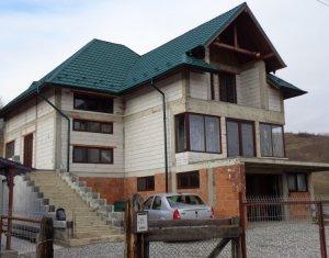 Proiect locuinta, pensiune sau casa de vacanta, Sat Cara, 1531 mp curte