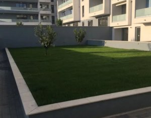 Apartament o camera, 45mp, garaj, zona Andrei Muresanu