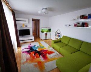 Apartament cu 3 camere, finisat, Gheorgheni