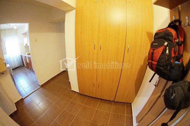 Apartment 3 rooms for rent in Cluj-napoca, zone Intre Lacuri