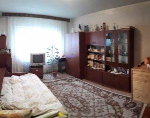 Appartement 4 chambres à vendre dans Cluj-napoca, zone Plopilor