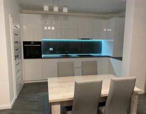 Inchiriere apartament de Lux, 3 camere ultrafinisat, 73 mp, parcare, Iulius Mall