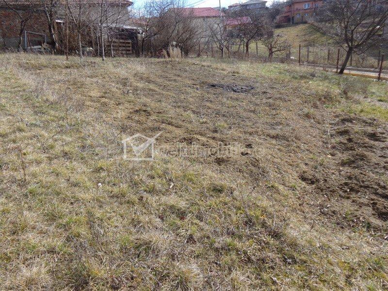 Casa Dezmir, teren 2600 mp, posibilitate investitie si dezvoltare