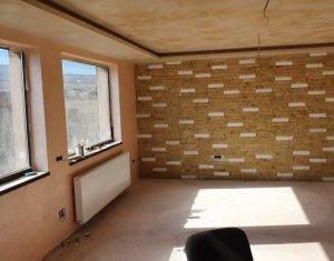 Ház 5 szobák eladó on Luna De Sus