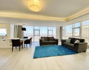 Apartament de lux cu 3 camere, 2 locuri parcare, imobil tip vila cu acces privat