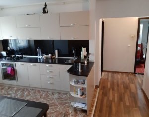 Apartament 3 camere decomandate, 2 bai, balcoane intermediar, finisat modern
