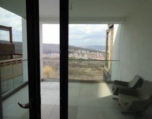Duplex in Europa deosebit, spatios, luminos, cu o superba panorama