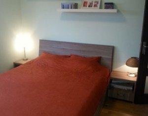 Apartament de 3 camere, decomandat, etaj intermediar, Manastur, zona Big