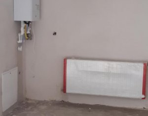 Apartament cu 2 camere 56 mp + terasa 14 mp+ parcare, zona centrala, semifinisat