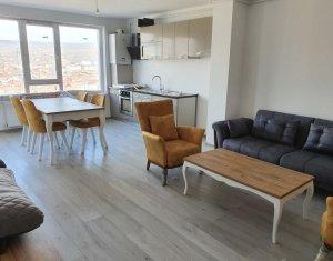 Apartament 2 camere, zona Piata 1 Mai