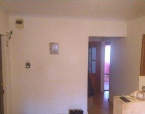 Apartament 3 camere, 65 mp, etaj intermediar, zona Parang-Manastur