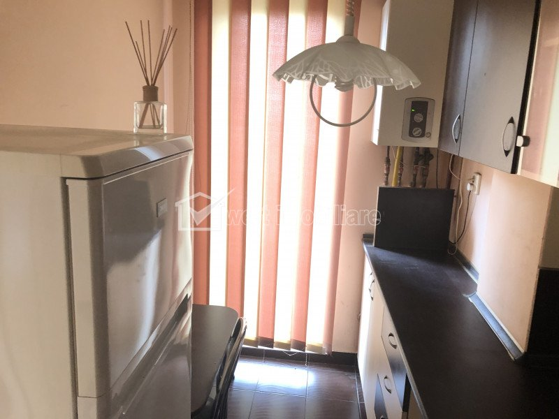 Inchiriere apartament o camera, imobil nou, zona Expo Transilvania
