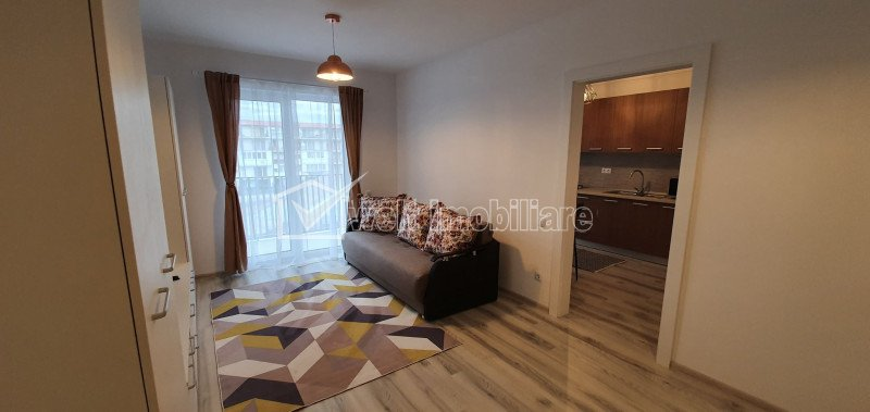 Inchiriere apartament cu o camera, strada Eroilor, Floresti