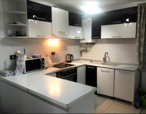 Apartament cu scara interioara, 117 mp utili, 3 balcoane, zona Vivo