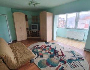 Vanzare apartament 2 camere, decomandat, Floresti, zona Gheorghe Doja