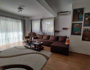 Apartament de vanzare, 2 camere, 68 mp + 19 mp terasa, parcare, Andrei Muresanu