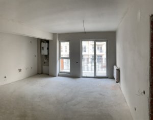 Vanzare apartament 3 camere, 2 bai, situat in Floresti, zona Eroilor
