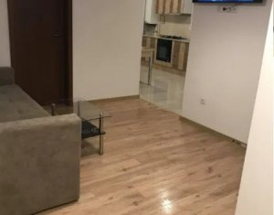 Apartament cu 3 camere, 60 mp, zona Calea Turzii