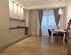 Apartament 3 camere, etaj intermediar, la cateva minute de Iulius Mall si FSEGA