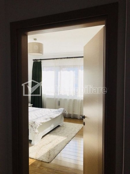 Maison 4 chambres à vendre dans Floresti