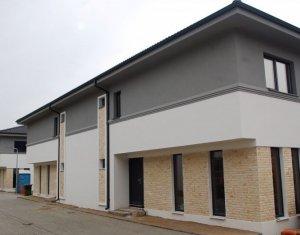 Casa tip duplex aproape de aeroport, 120 mp utili + teren, semifinisata