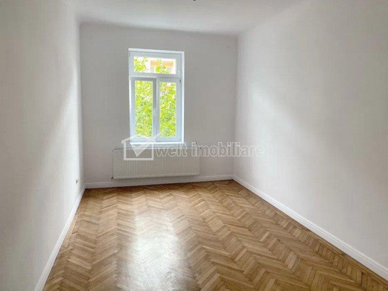 Apartament 2 camere, decomandat, 54 mp SF totala, zona Horea, parcare+boxa 16 mp