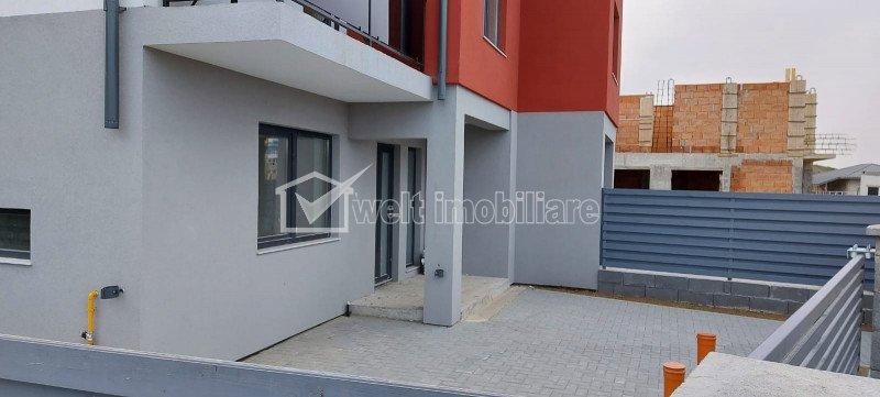 Complex case cuplate, 3 dormitoare, 3 bai, 124 mp utili, 4 km de aeroport