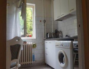 MANASTUR - Apartament cu 2 camere decomandat, zona strazii Primaverii