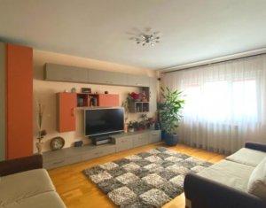 Apartament 3 camere, 77mp balcon, etaj 6 din 8, parcare si beci, zona Bucuresti