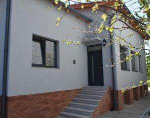 Spatiu firma - casa individuala, curte, 8 parcari zona Autogara Beta