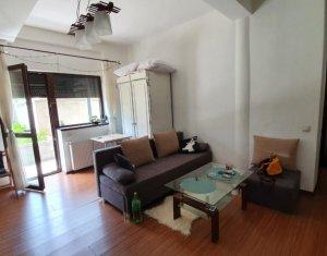 Vanzare apartament cu 2 camere, finisat, zona Restaurant Roata