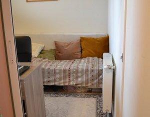BORHANCI - Vanzare apartament cu 3 camere, decomandat, terasa, gradina, parcare