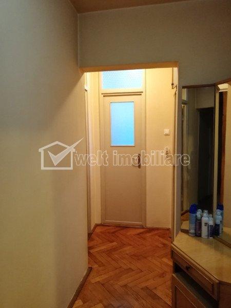 Apartament cu 4 camere decomandate, 2 bai, etaj intermediar, Marasti