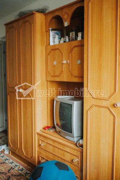 Zona UMF - Apartament de 4 camere decomandat, strada Pasteur