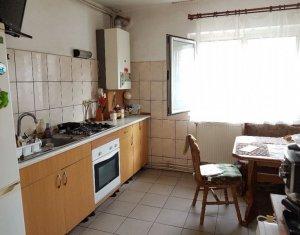 MANASTUR - Apartament cu 3 camere, decomandate, 2 bai, zona Calea Floresti