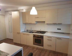 Inchiriere apartament 3 camere, parcare, Gheorgheni, zona Iulius mall