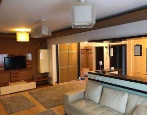 Inchriere apartament modern 3 camere, 2 bai, garaj, boxa, Andrei Muresanu