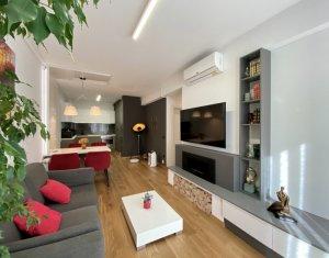Inchiriere Apartament 3 camere, conditii de LUX, zona centrala, imobil deosebit
