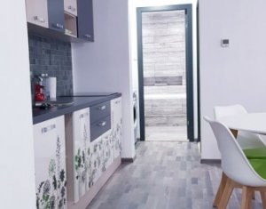 Închiriere apartament 3 camere, 56 mp, zona Iulius Mall