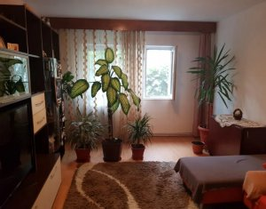 Apartament 3 camere 70 mp, decomandat, Marasti