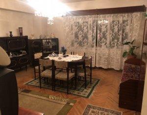 Vanzare apartament cu 3 camere, 2 bai, boxa, confort sporit, zona INTERSERVISAN