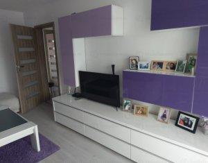 Apartament 3 camere , decomandat, Intre Lacuri, finisat, 64 mp