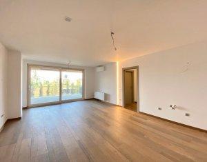 Vanzare apartament de 4 camere in ansamblu de lux, 95 mp, terasa de 21 mp