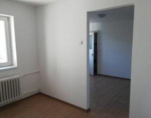 Ocazie! Apartament 2 CAMERE, in GHEORGHENI, zona Piata Hermes, negociabil