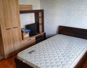 Zona GHEORGHENI - Apartament cu 2 camere + balcon, zona strazii Rebreanu