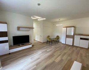 Prima inchirere, apartament 2 camere, modern, curte 100 mp, Centru